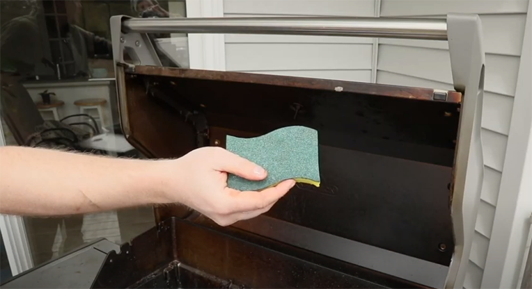 Foam scratch pad to clean grill with