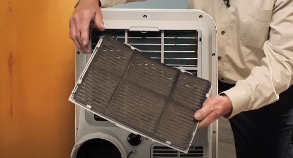 Air conditioner air filter location