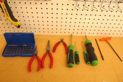 Tools for Trimmer Fuel Line Repair