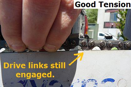 How to tighten a chainsaw chain 3 steps with pictures good chainsaw chain tension greentooth Images