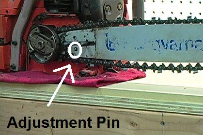 How to replace a chainsaw chain 9 steps chainsaw chain adjustment pin greentooth Choice Image
